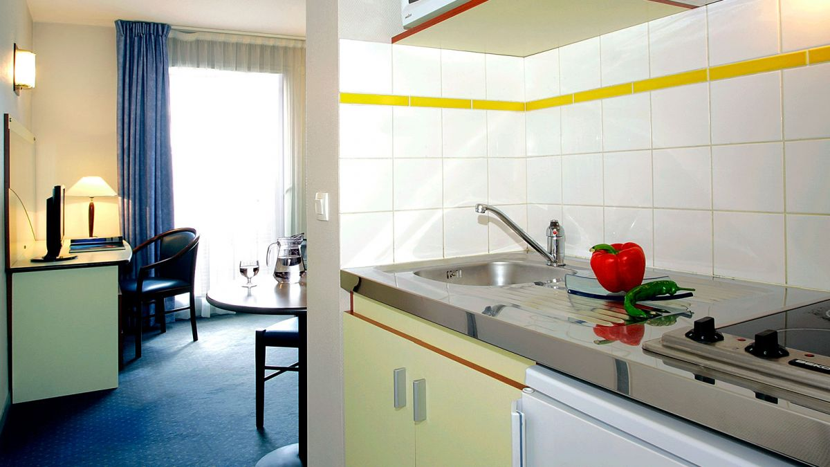 appartement  hotel  hall  accueil  toulouse  hippodrome