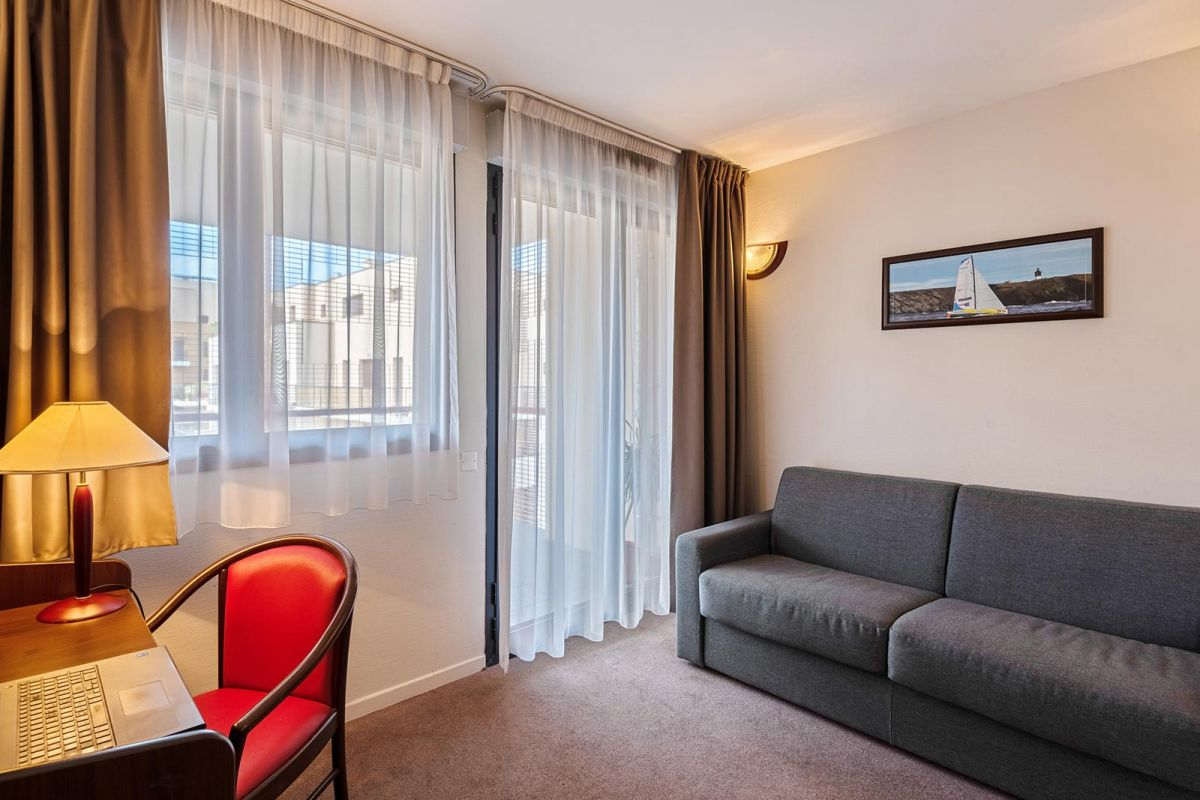 Mont limar aparthotel your appart 39 city aparthotel in for Appart hotel pas cher 93