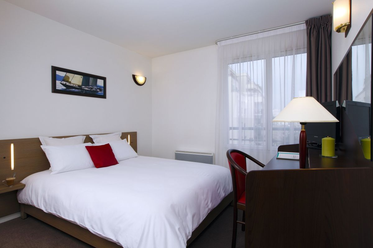 Appart city paris clichy ot clichy for Appart hotel 8eme paris