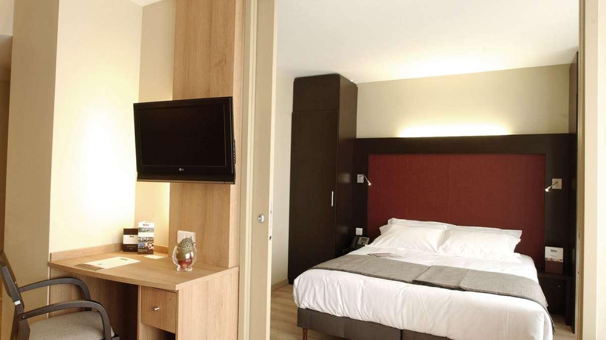 appart hotel geneve divonne les bains votre appartement h tel appart 39 city divonne les bains. Black Bedroom Furniture Sets. Home Design Ideas