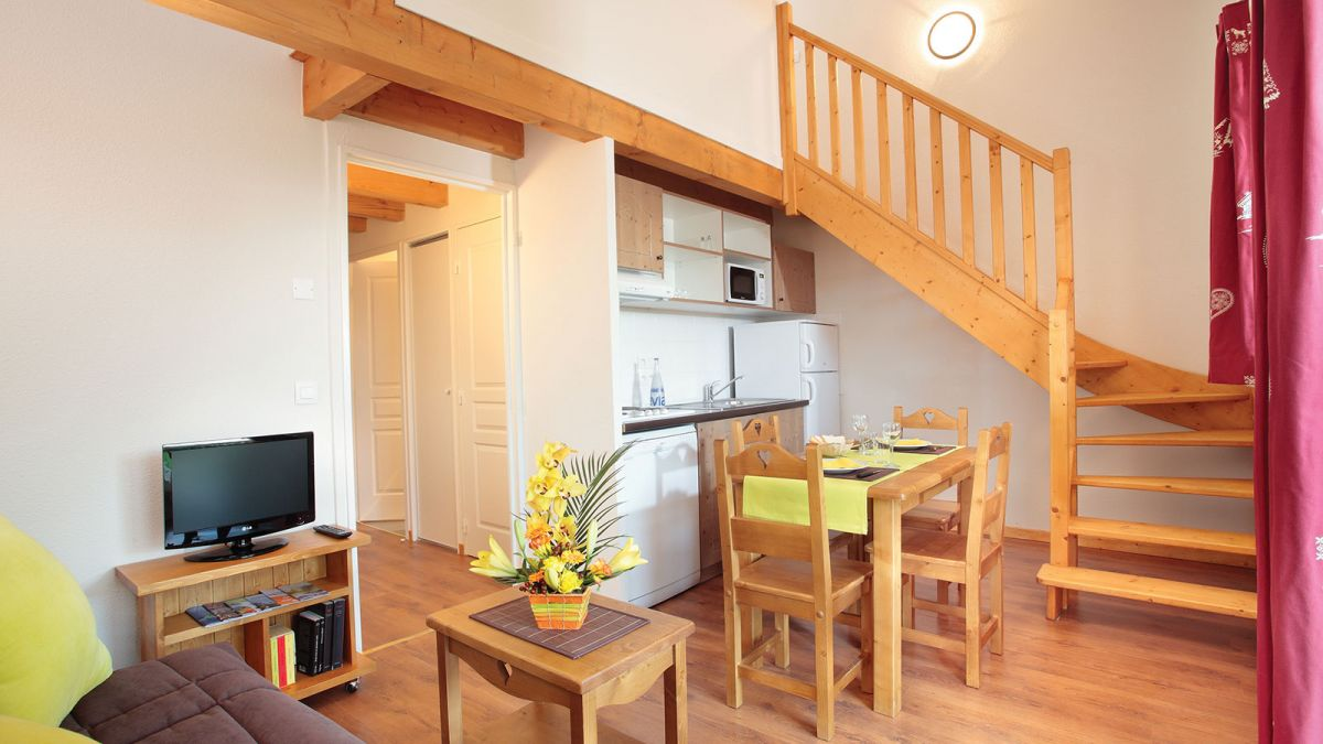 Lugrin Aparthotel Near To Evian Your Appart City Aparthotel In Lugrin