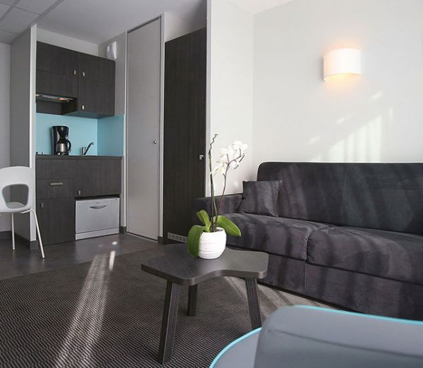 appart hotel nimes ar nes votre appartement h tel appart 39 city n mes. Black Bedroom Furniture Sets. Home Design Ideas