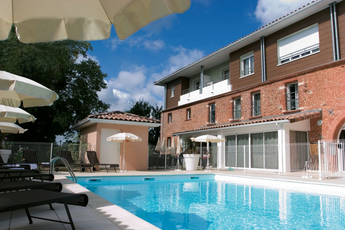 Colomiers toulouse aparthotel your appart 39 city for Piscine colomiers tarif