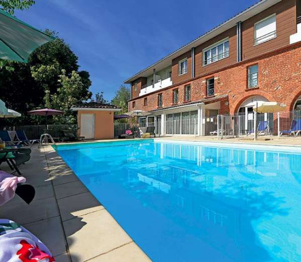 Appart hotel saint simon toulouse votre appartement for Piscine colomiers tarif